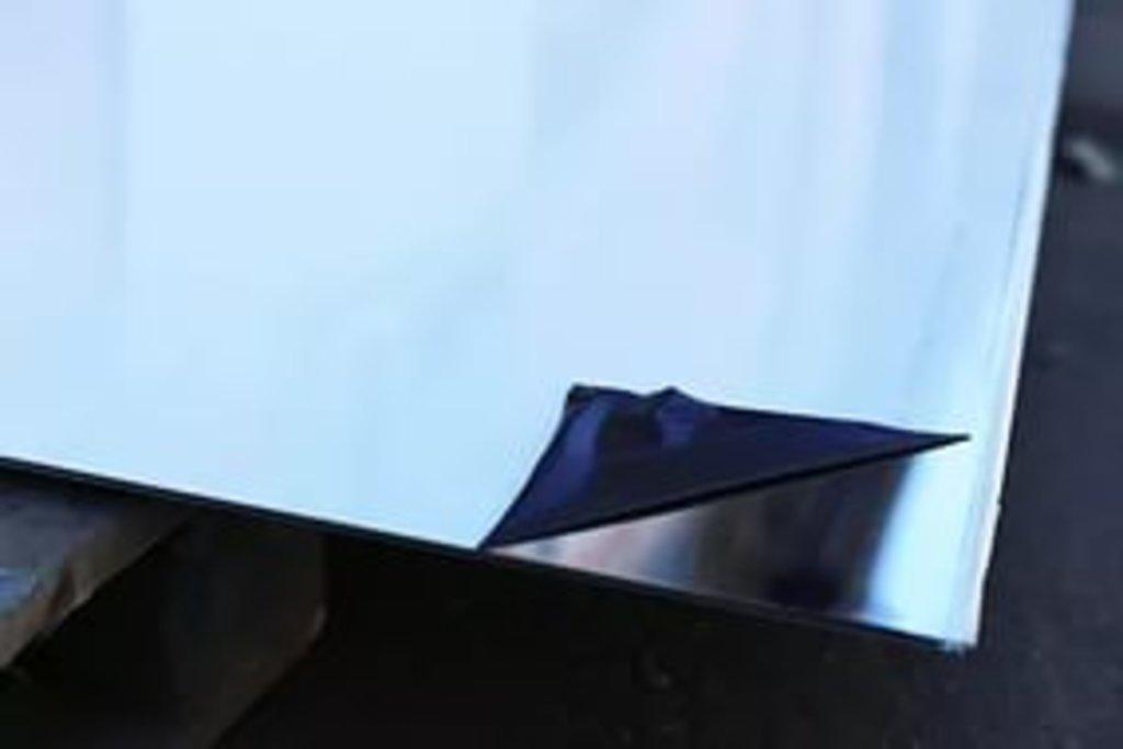 Металлопрокат, общее: лист нержавеющий зеркальный в ассортименте в ОренЦветМет