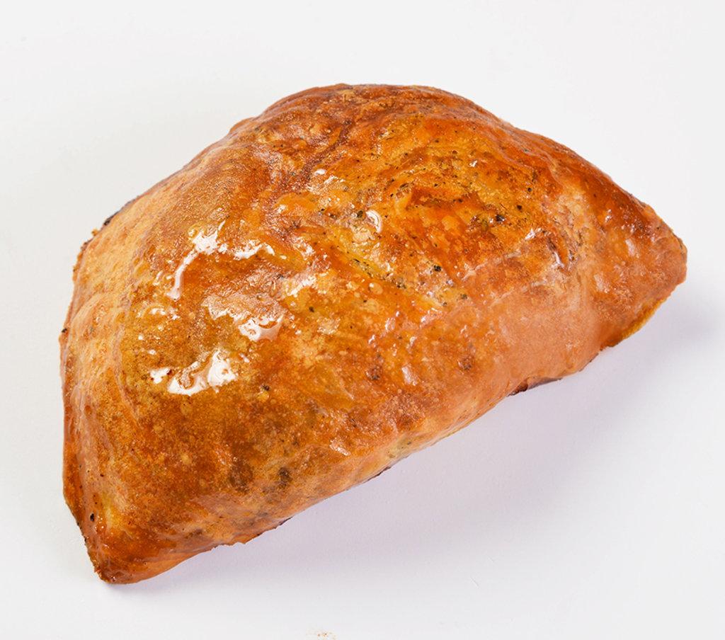 Восточные блюда: Пирожок печеный с печенью и яйцом в Провиант