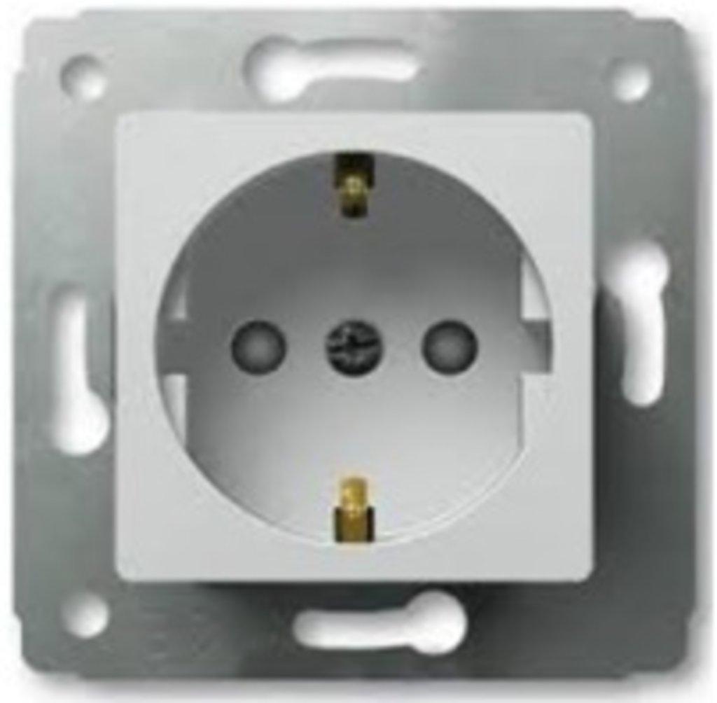 Электроустановочные изделия: L773621 Cariva Розетка 2К+З,нем.ст.со шт.,белая в Электрика