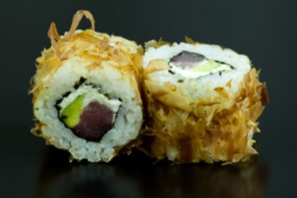 Роллы: Бонито в Sushin