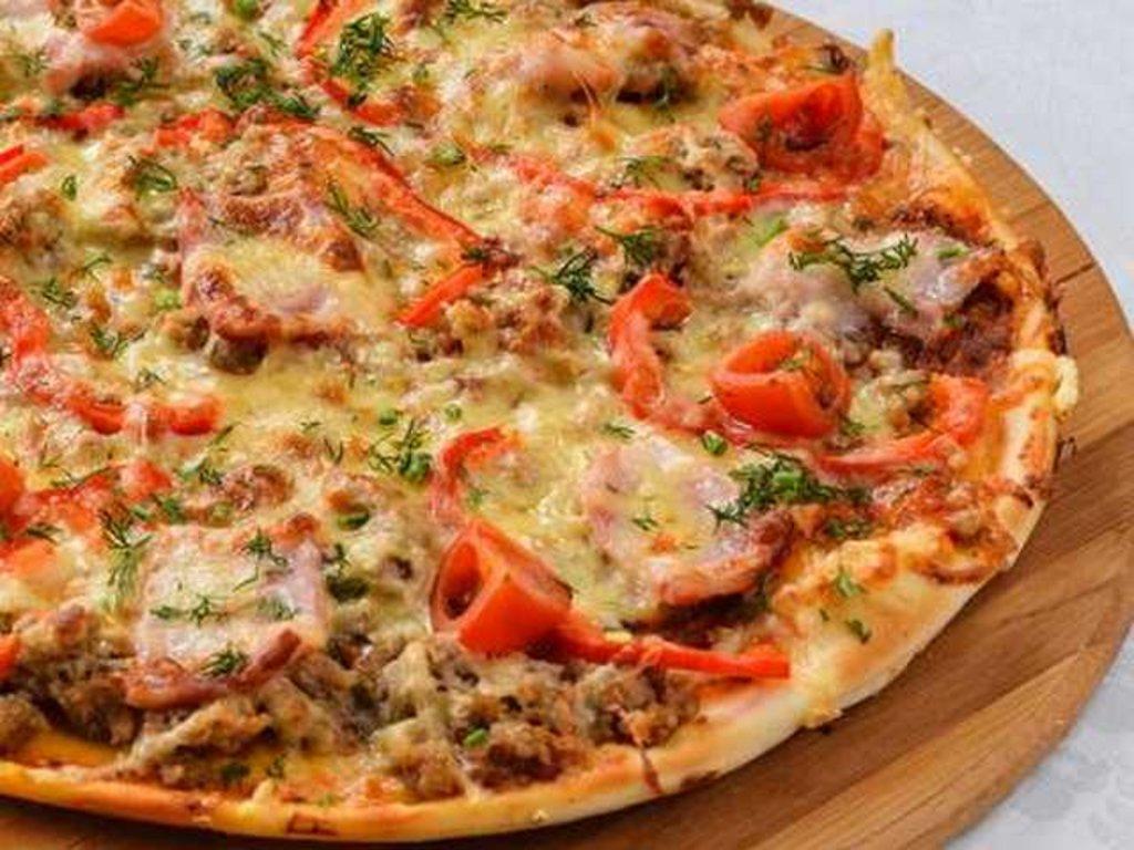Пицца: Пицца с мясным фаршем и копченостями в Провиант