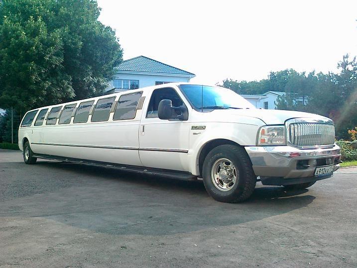 Аренда автобусов и пассажирские перевозки: Прокат самого большого лимузина в Ростове в LimoDriver