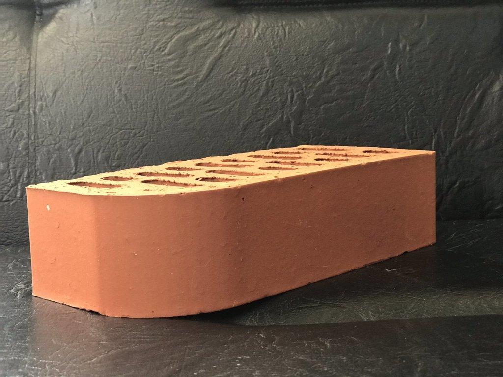Облицовочный: Кирпич фасонный М125 (ЛКЗСМ) в 100 пудов