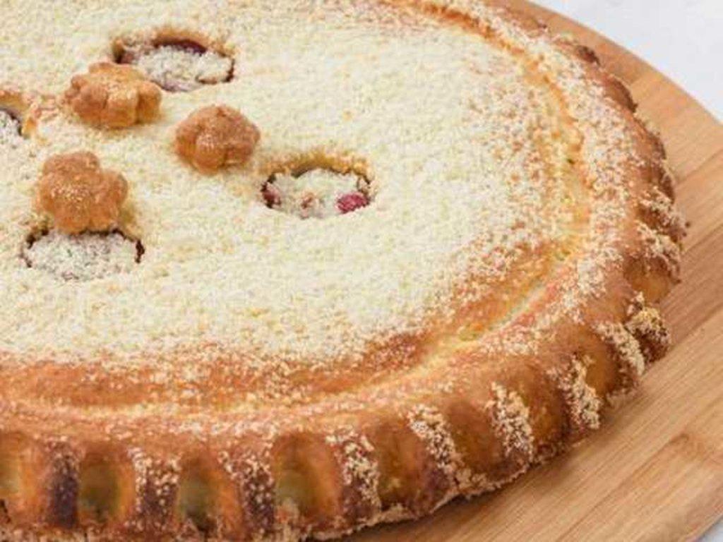 Сладкие: Пирог с яблоками и брусникой в Провиант