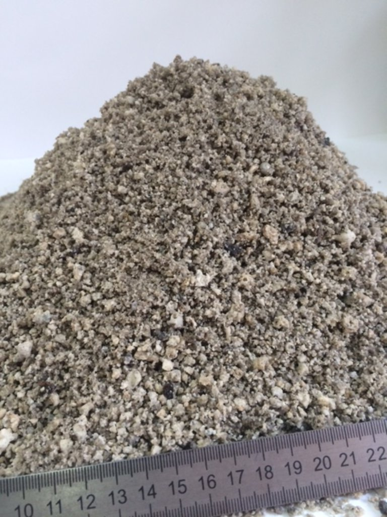 Шлаки металлургические: Граншлак (шлак гранулированный) (непросеянный) в 100 пудов