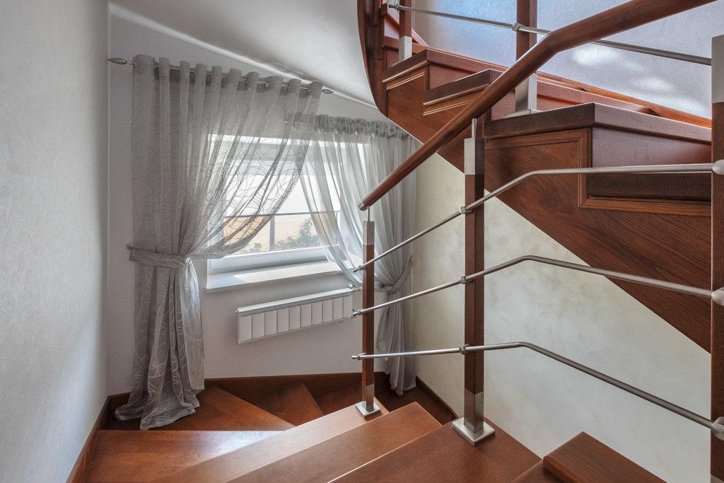 Шторы, портьеры: Шторы для лестничных проемов в Декор окна, салон