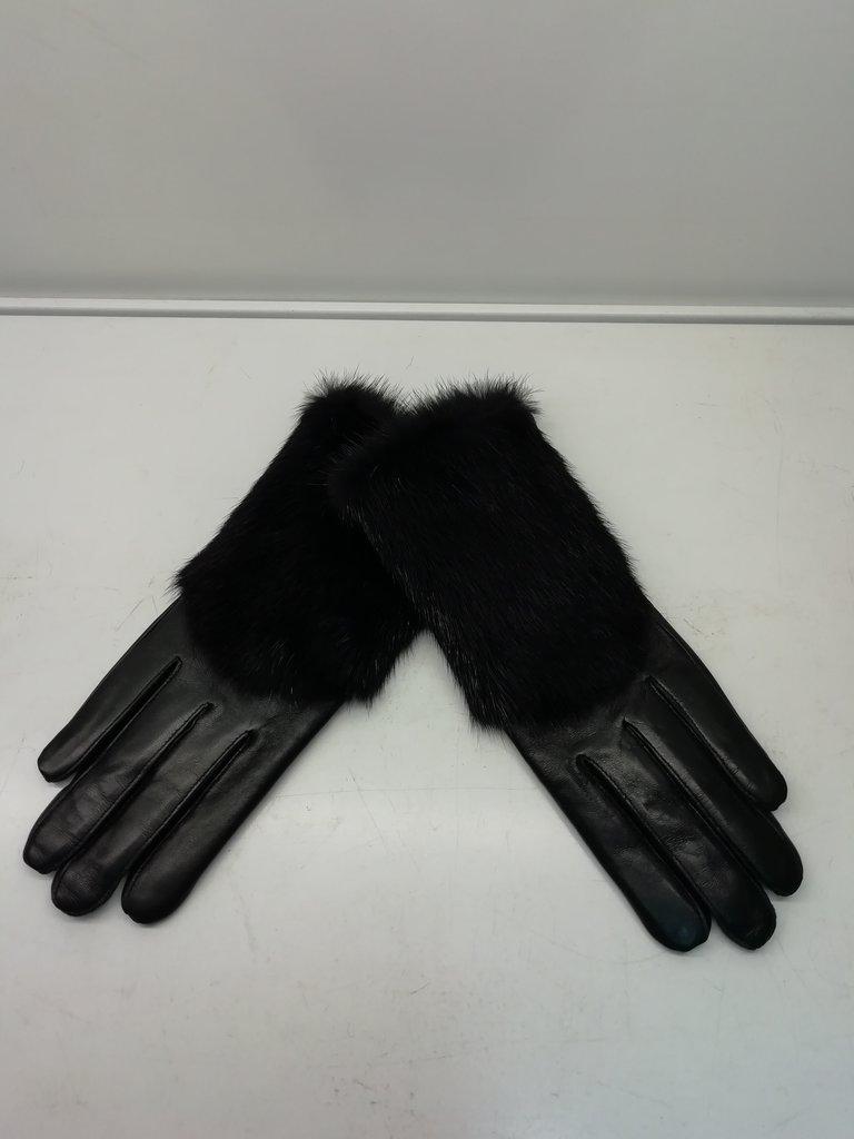Изделия из натурального меха и кожи (перчатки, варежки, тапочки): Перчатки женские кожаные в Сельский магазин