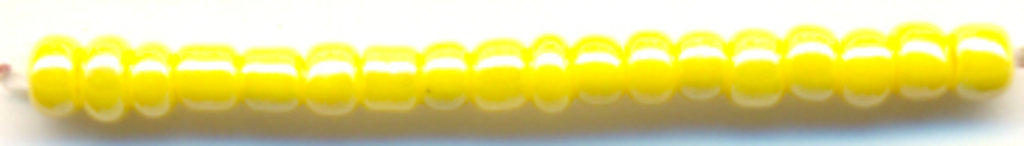 Бисер(стекло)11/0упак.500гр.Астра: Бисер(стекло)11/0,упак.500гр.,цвет 122(желтый/непрозр.глянцевый) в Редиант-НК