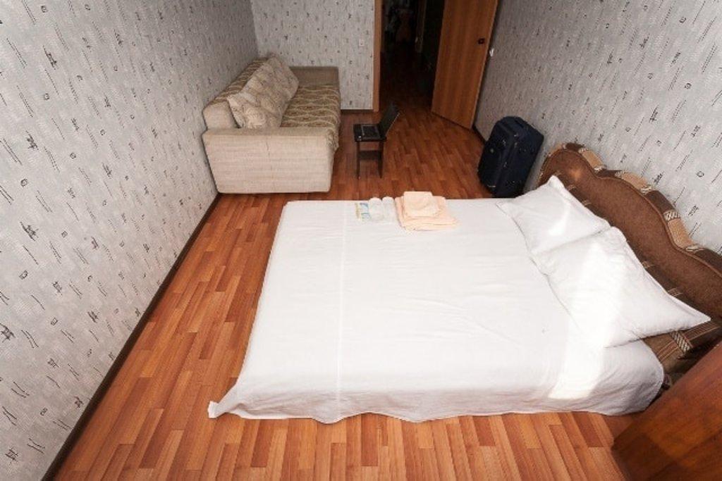 Однокомнатные квартиры: Однокомнатная квартира улица 3 Августа, 20д (Б) в Эдем