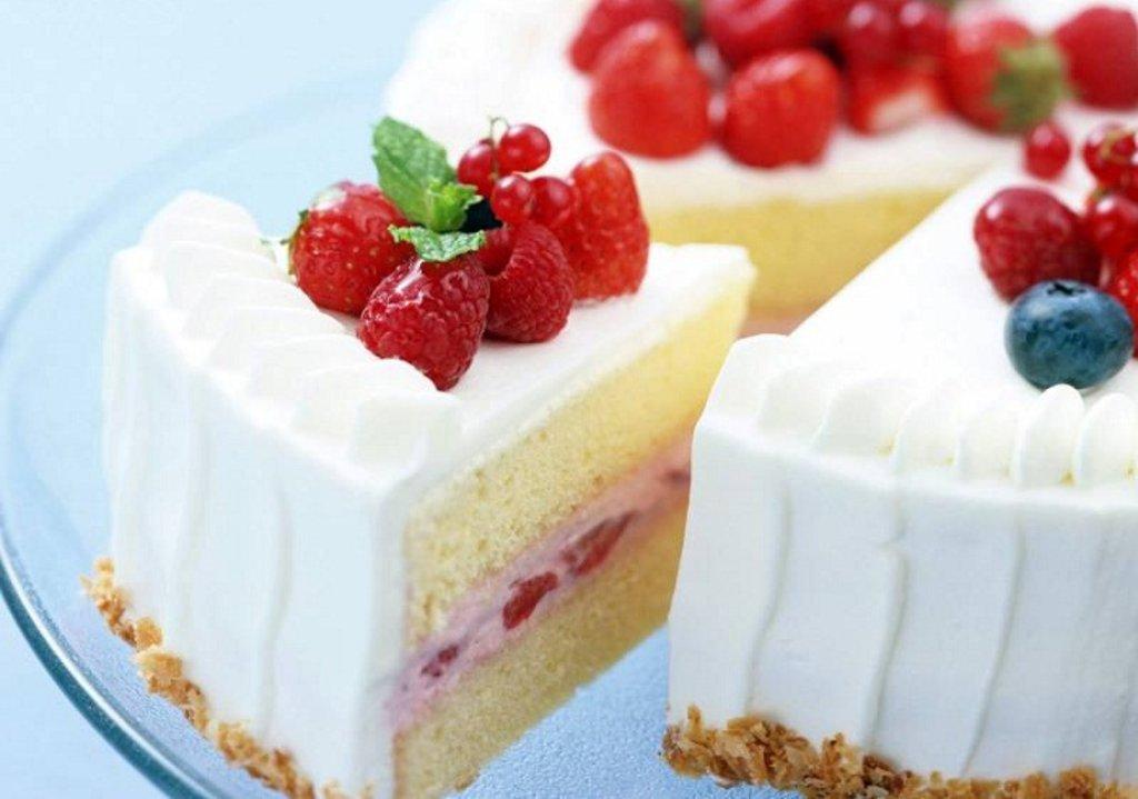 """Торты на заказ: Торт """"Йогуртовый с фруктами"""" в Смак-нк.рф"""
