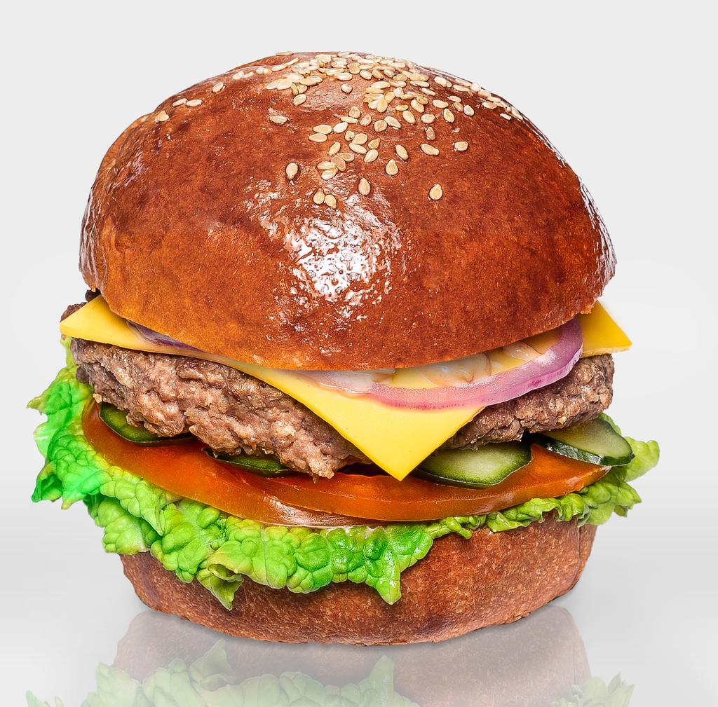 """Бургеры с котлетой из говядины: Бургер """"Классический"""" в The Угли"""