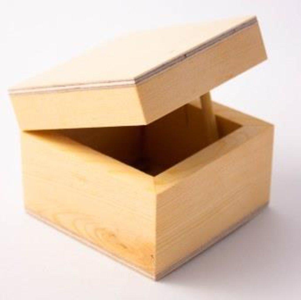 Шкатулки: Шкатулка деревянная 8*8*6см в Шедевр, художественный салон