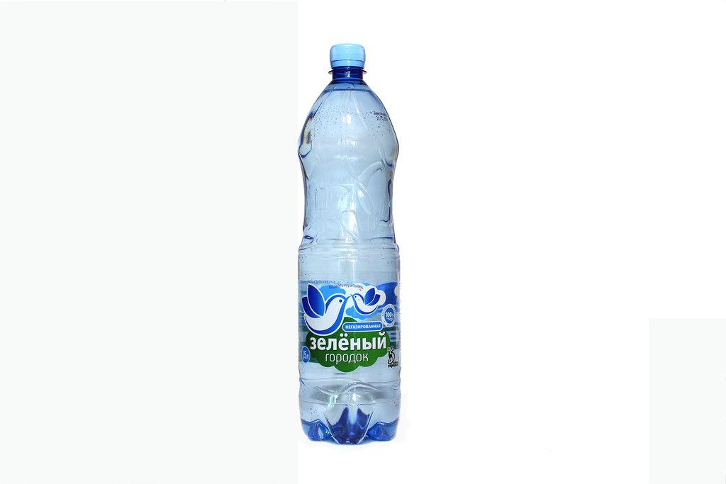 Вода 0,5 - 1,5 л: Зеленый городок 1,5 л. негазированная в ТСК+, ООО