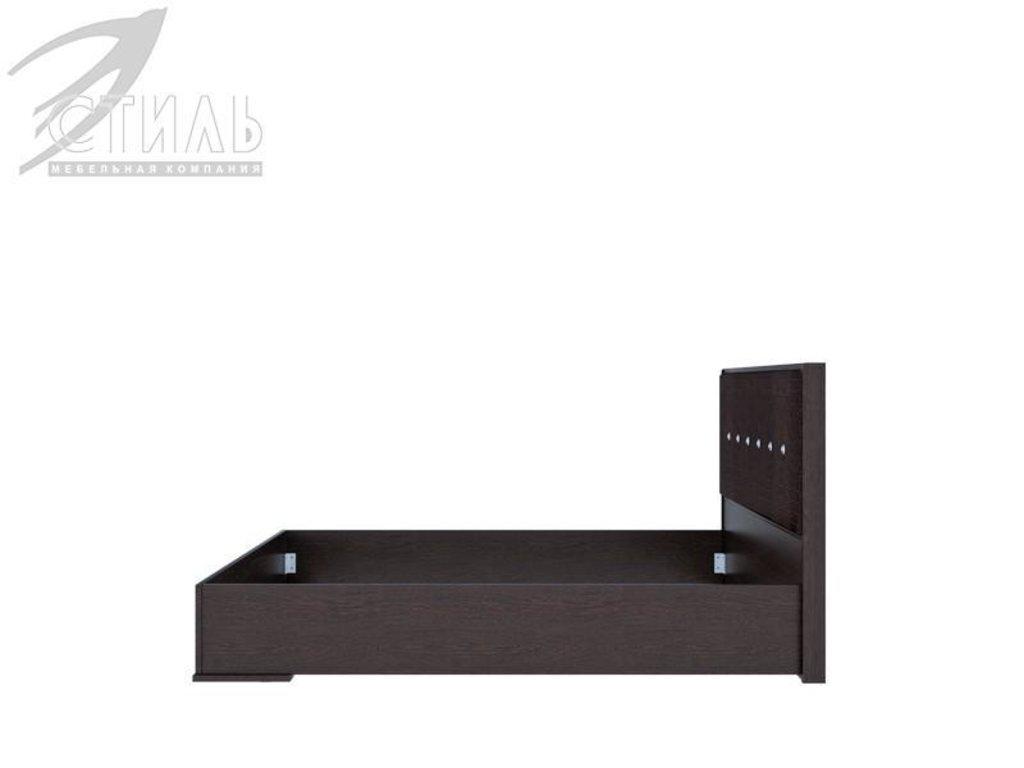 Мебель для спальни Луиза (венге / черный глянец): Кровать двуспальная Луиза (венге / черный глянец) в Диван Плюс