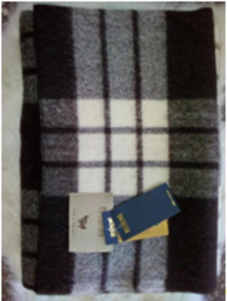 Одеяла и пледы: Одеяло валяное 150х200 овечья шерсть в Сельский магазин