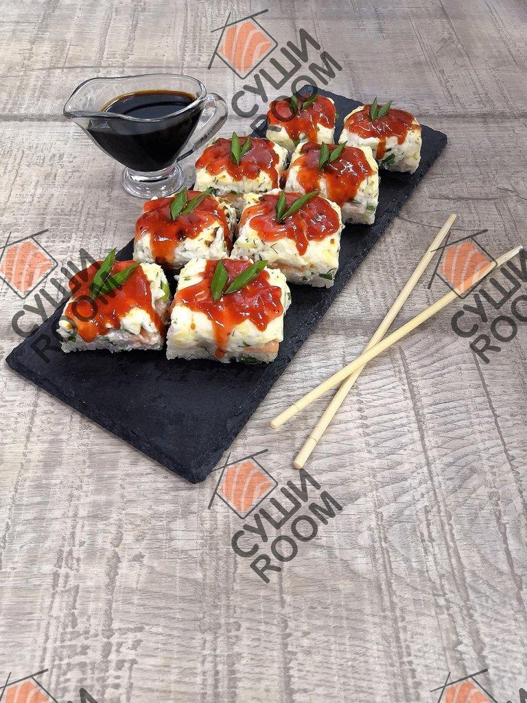 Суши-пицца: Суши-пицца с лососем в Суши Room
