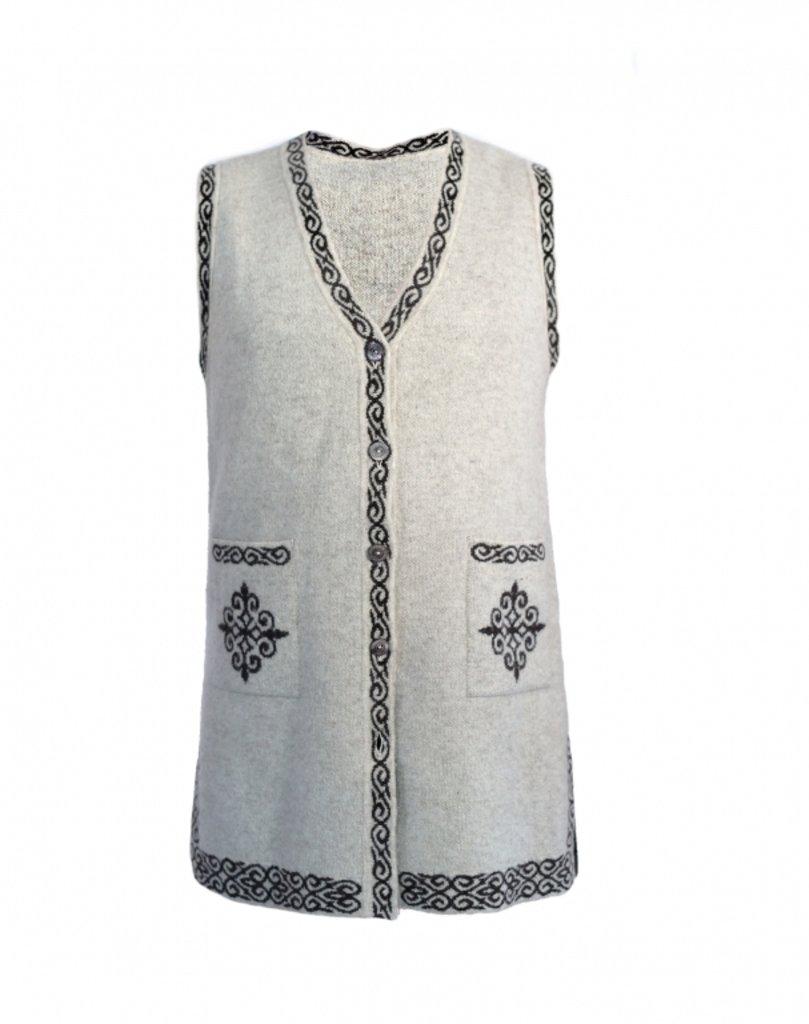Женская одежда: Жилетка удлиненная с орнаментом в Сельский магазин