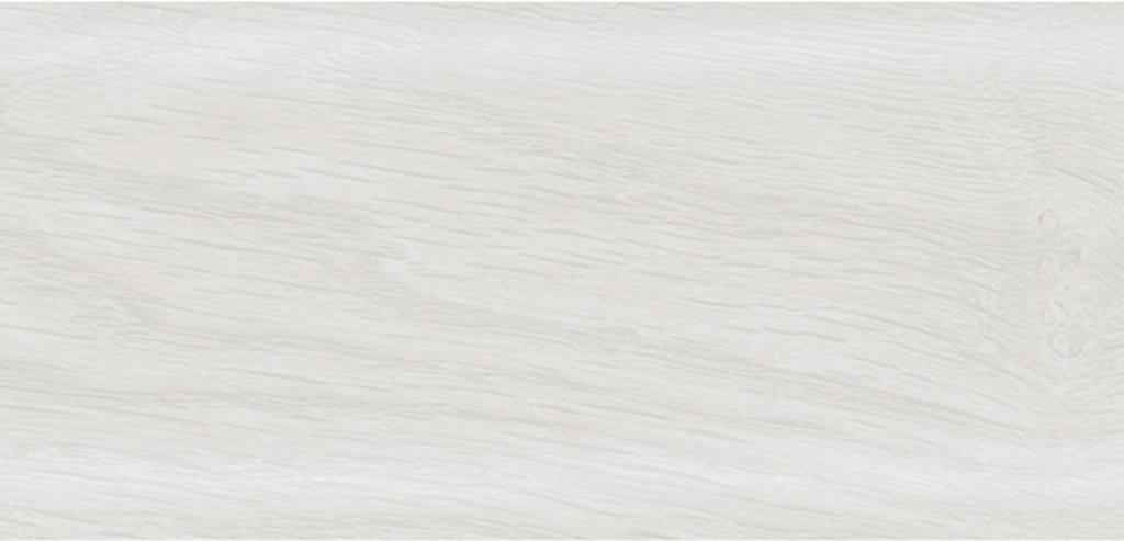 Плинтуса напольные: Плинтус Rico Leo № 174 береза /40 в Мир Потолков