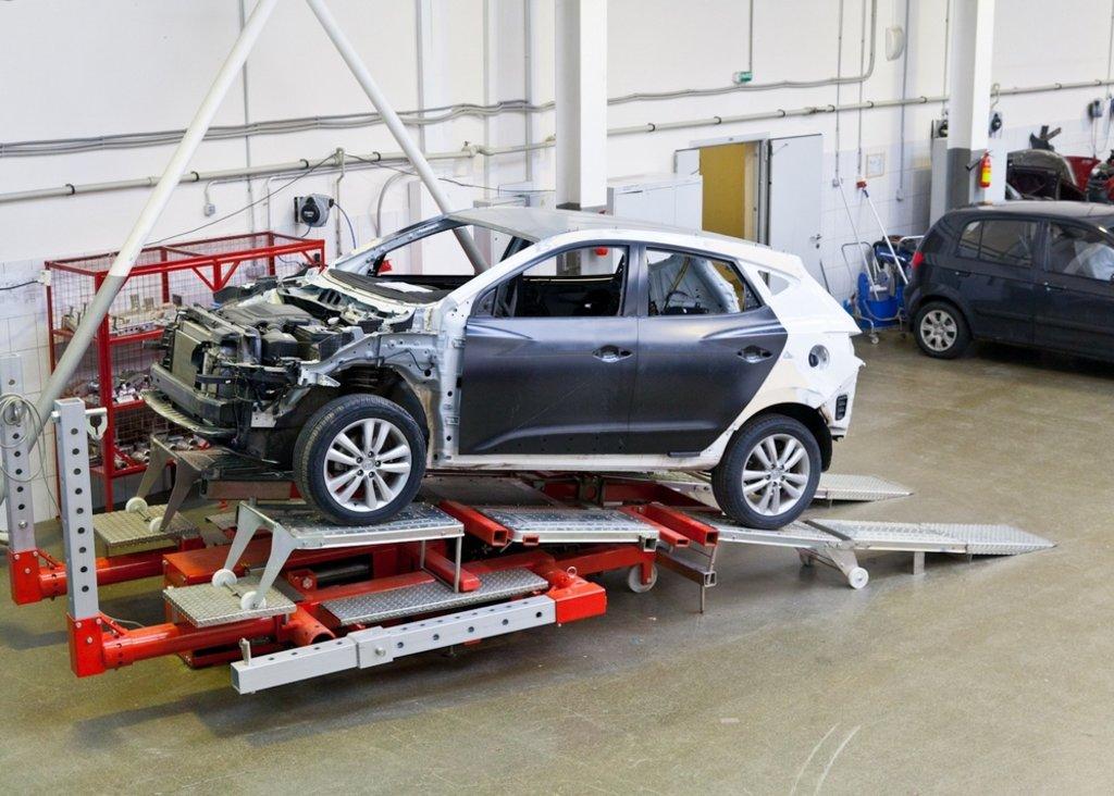 Ремонт автомобиля: Кузовной ремонт автомобиля в АВТО-СТАНДАРТ, ОАО