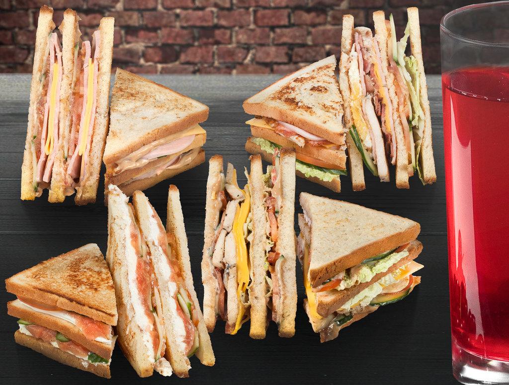 "Сэндвичи: Сэндвич ""с Курицей"" в The Угли"