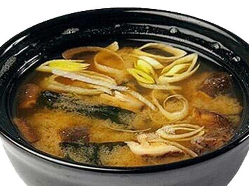 Горячие блюда: Мисо суп в СУШИ БАНДА
