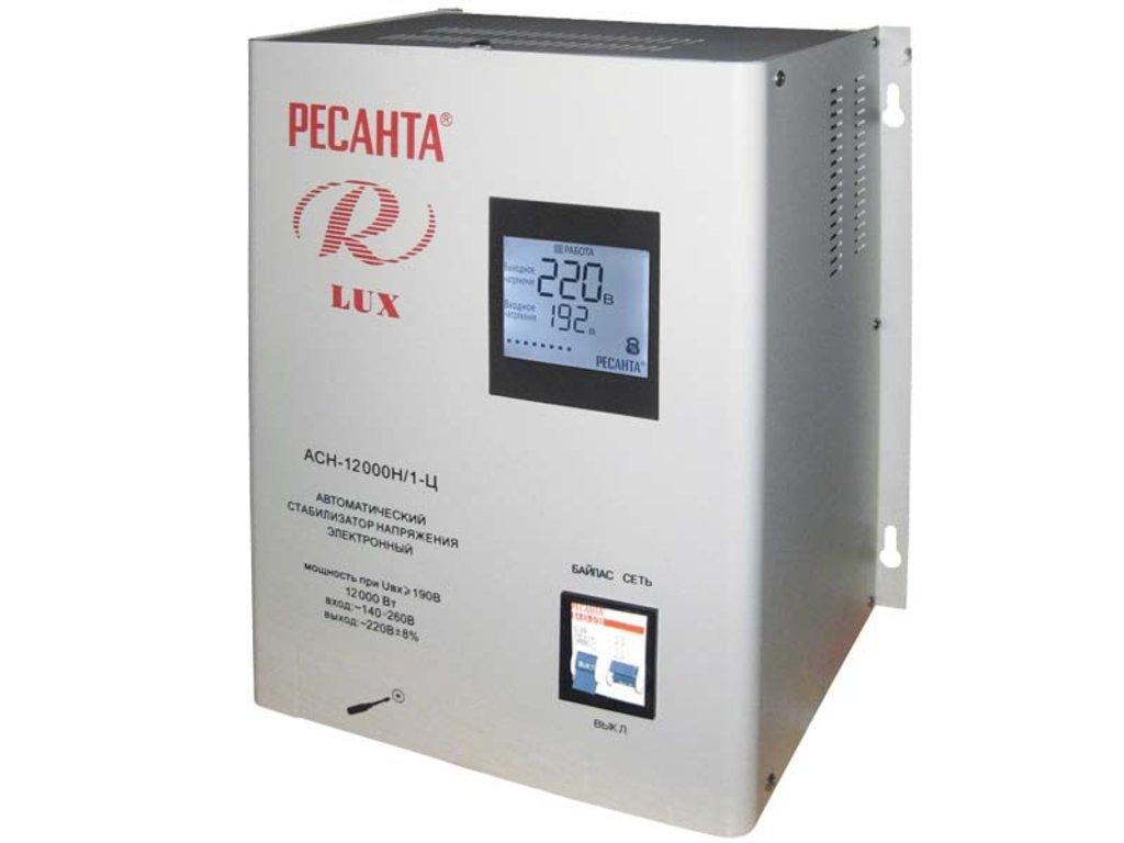 Цифровые настенные серии LUX: Однофазный цифровой настенный стабилизатор серии LUX РЕСАНТА АСН-12000Н/1-Ц в РоторСервис, сервисный центр, ИП Ермолаев Д. И.