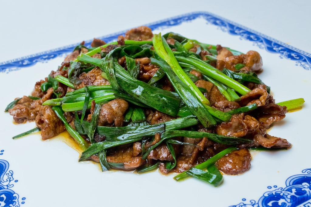 Горячие блюда: Баранина с зеленым луком в Шанхай