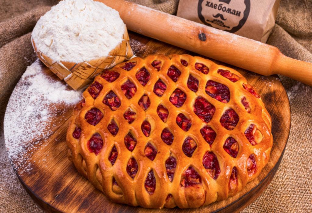 Сладкие пироги: Пирог с брусникой и яблоком в Хлебоман