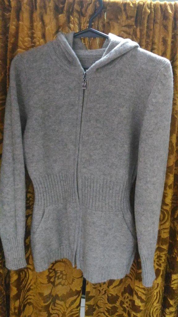 Женская одежда: Кардиган в Сельский магазин