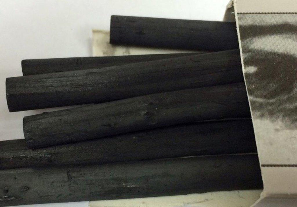 Уголь: Уголь натуральный рисовальный Сонет 160мм ,D-6/8мм, 1шт в Шедевр, художественный салон