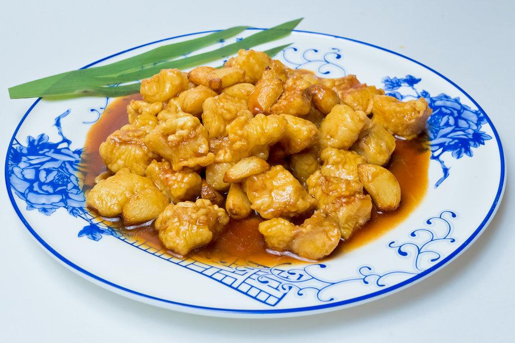 Горячие блюда: Цзинь Ю в Шанхай