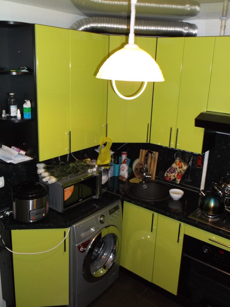Кухни: Кухня 16 в Квадра Мебель