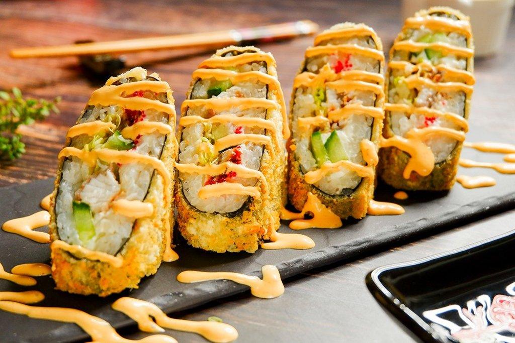 Сендвич роллы: Унаги сендвич в СУШИ БАНДА