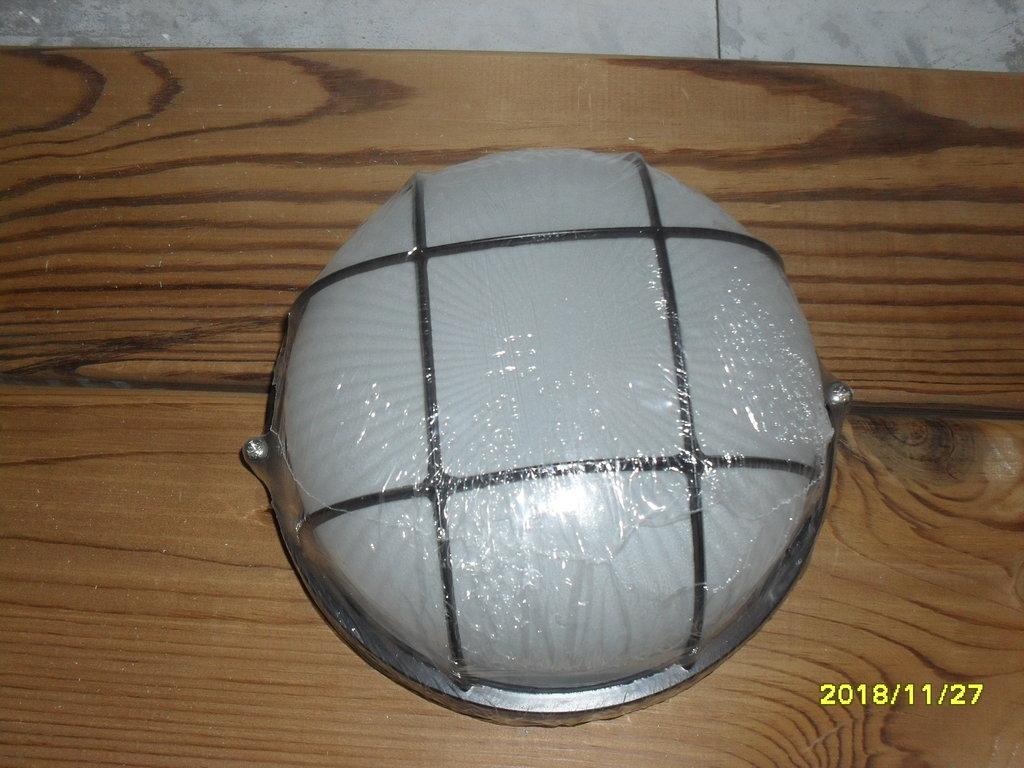 Светильники для бани и сауны: Светильник для бани или сауны в Погонаж