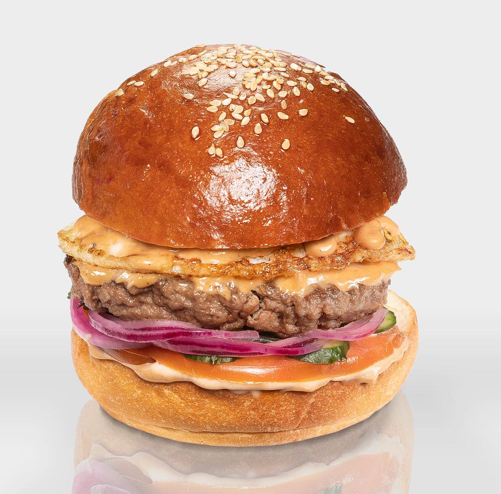 """Бургеры с котлетой из говядины: Бургер """"Английский"""" в The Угли"""