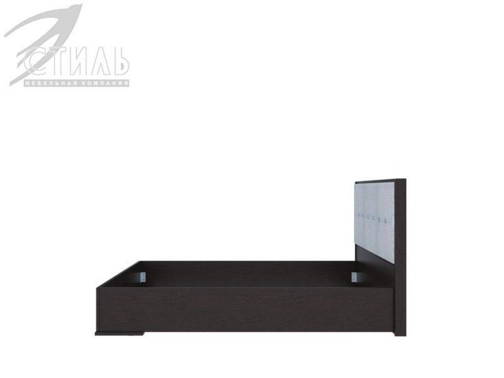 Мебель для спальни Луиза (венге / белый металлик): Кровать двуспальная Луиза (венге / белый металлик) в Диван Плюс