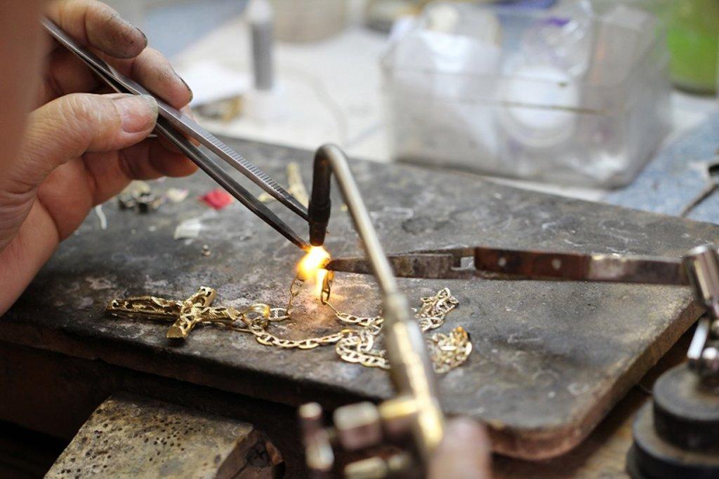 Ремонт ювелирных изделий: Пайка ювелирная в Граверная и ювелирная мастерская, ИП Сахаров Д.Г.