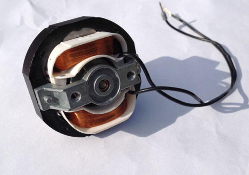 Двигатель однофазный для тепловентилятора Electrolux (Электролюкс), Hintek T-02220, 12W, 220V AC, 2500 об/мин, 55x55x55 мм, в АНС ПРОЕКТ, ООО, Сервисный центр