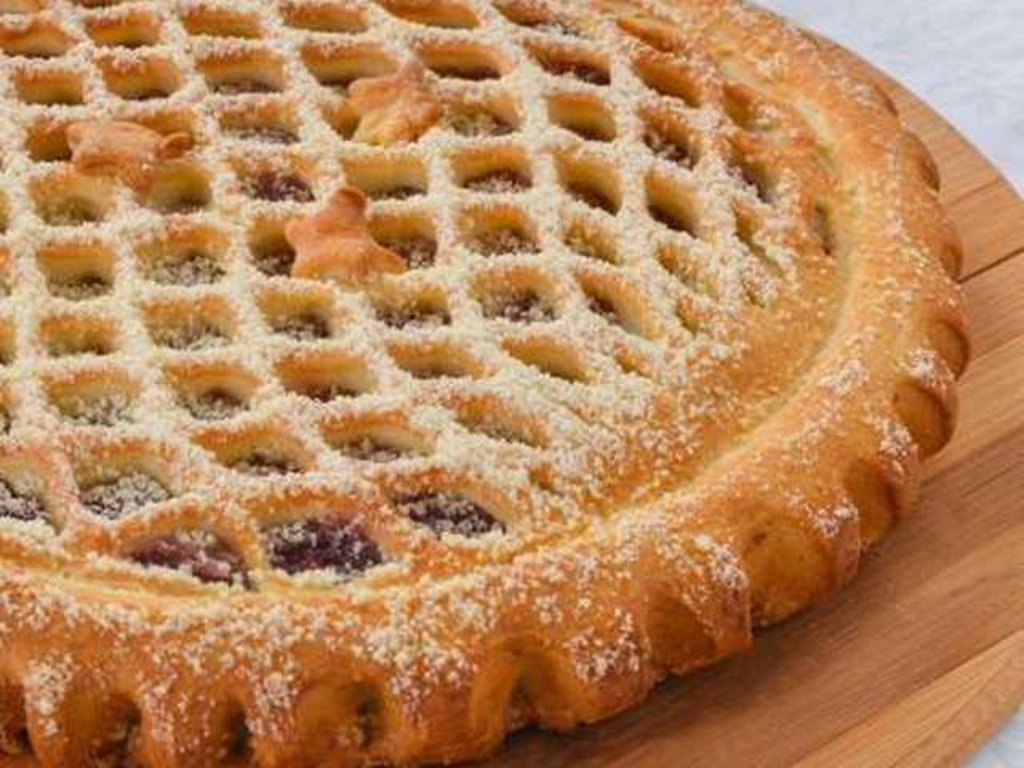 Сладкие: Пирог с клубникой в Провиант