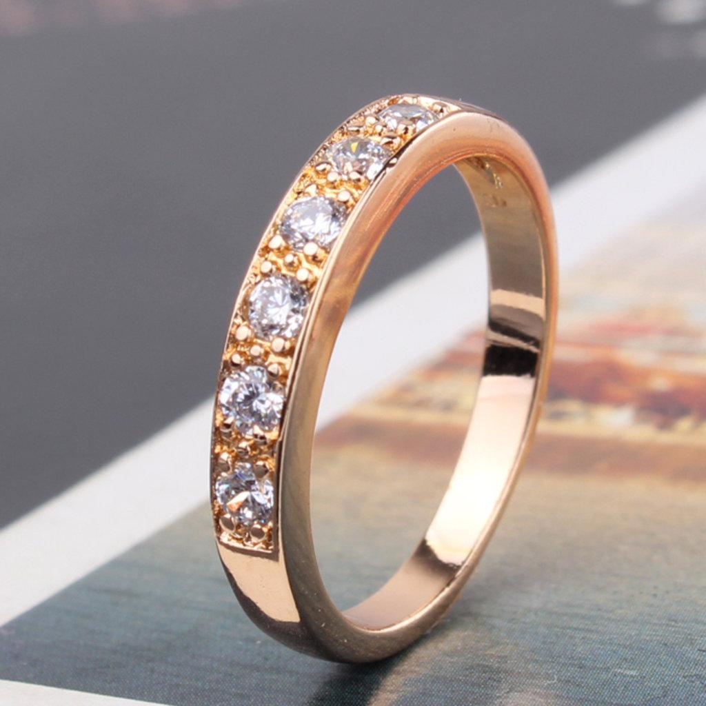 Ремонт ювелирных изделий: Уменьшение кольца в Алмаз, ювелирная мастерская, ООО