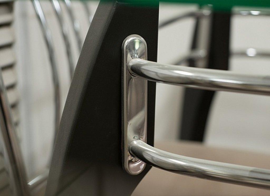 Столы кухонные.: Стол СС стекло бронза (хром+дерево) в АРТ-МЕБЕЛЬ НН