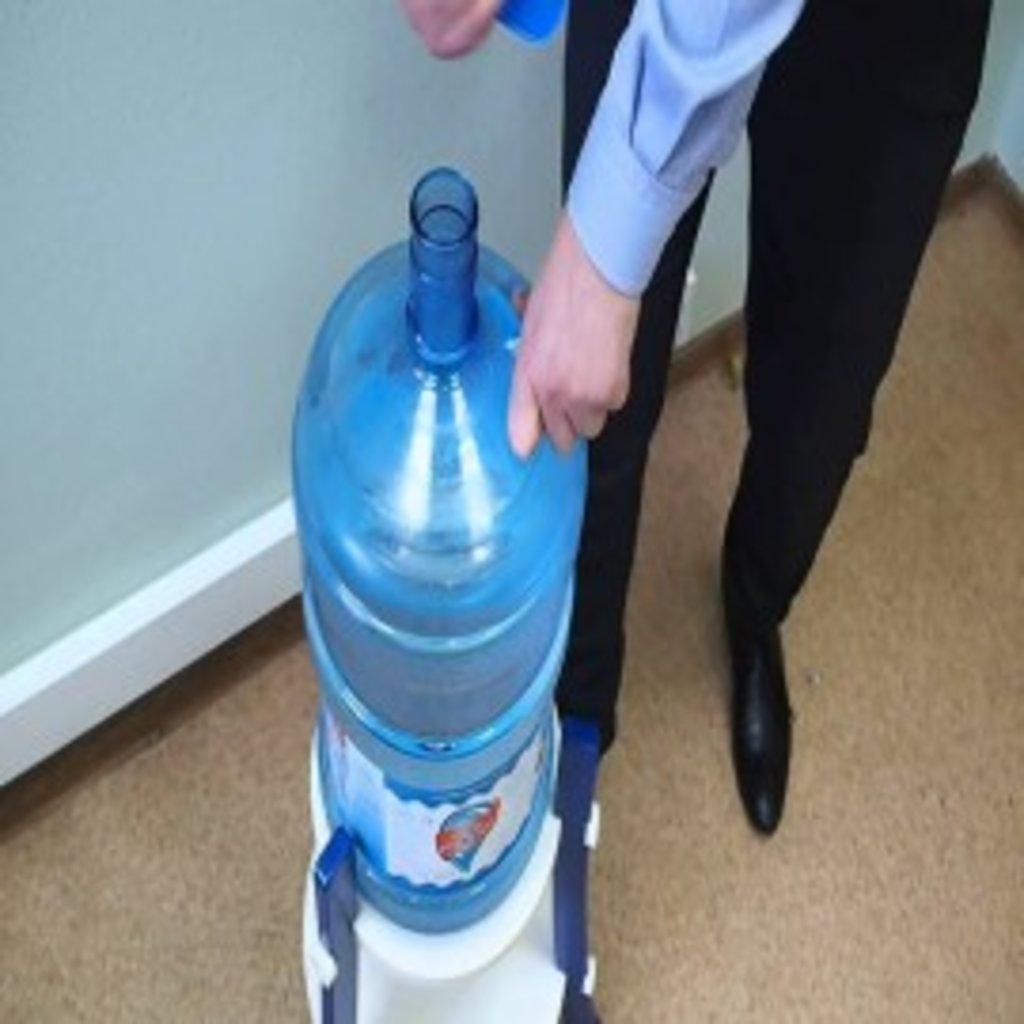 Вода в тару покупателя: Вода В Тару Покупателя За 1 Л. в Родниковая прохлада, питьевая вода