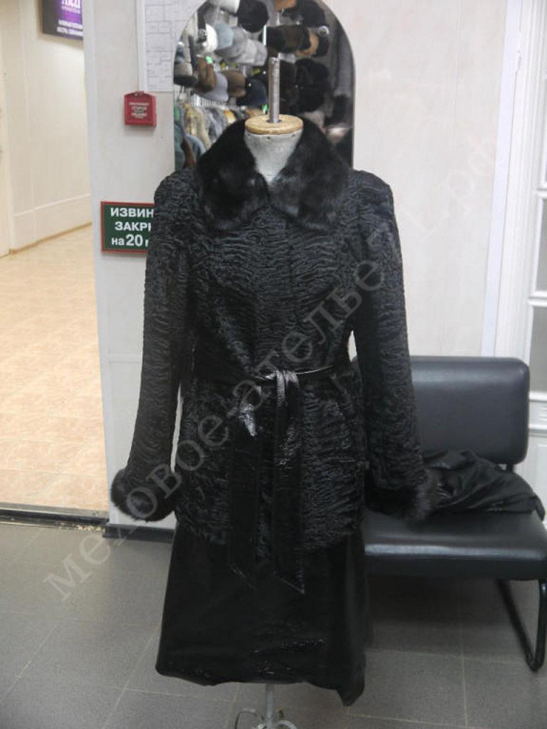 Индивидуальный пошив: Пиджак из каракуля с норкой отделка лак в Молодость