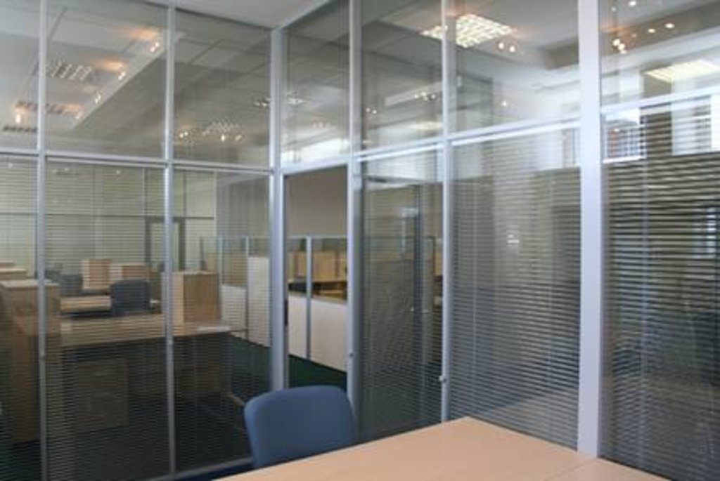 Перегородки для офиса и дома: Система перегородок Visio в Строймода СК, ООО