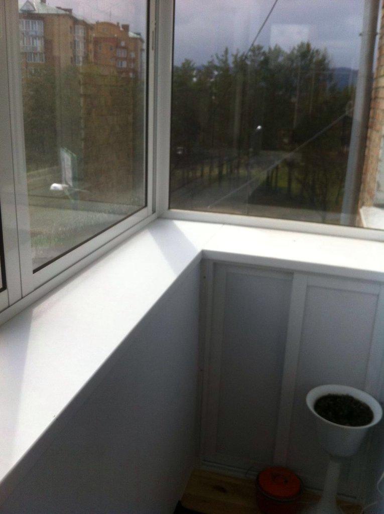 Установка пластиковых окон, дверей ПВХ: Остекление лоджий в ПластЭК