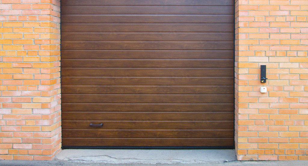 Гаражные ворота Alutech: Гаражные ворота Alutech ш3000хв2125мм, автоматика (2 пульта) ЗОЛОТОЙ ДУБ, ТЕМНЫЙ ДУБ, ВИШНЯ в АБ ГРУПП