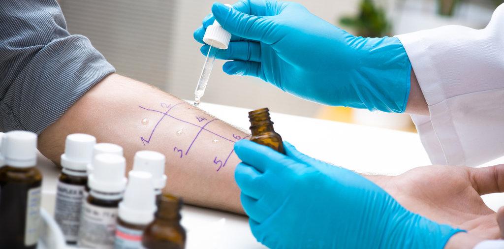 Медицинские услуги: Консультация врача аллерголога в Витамин