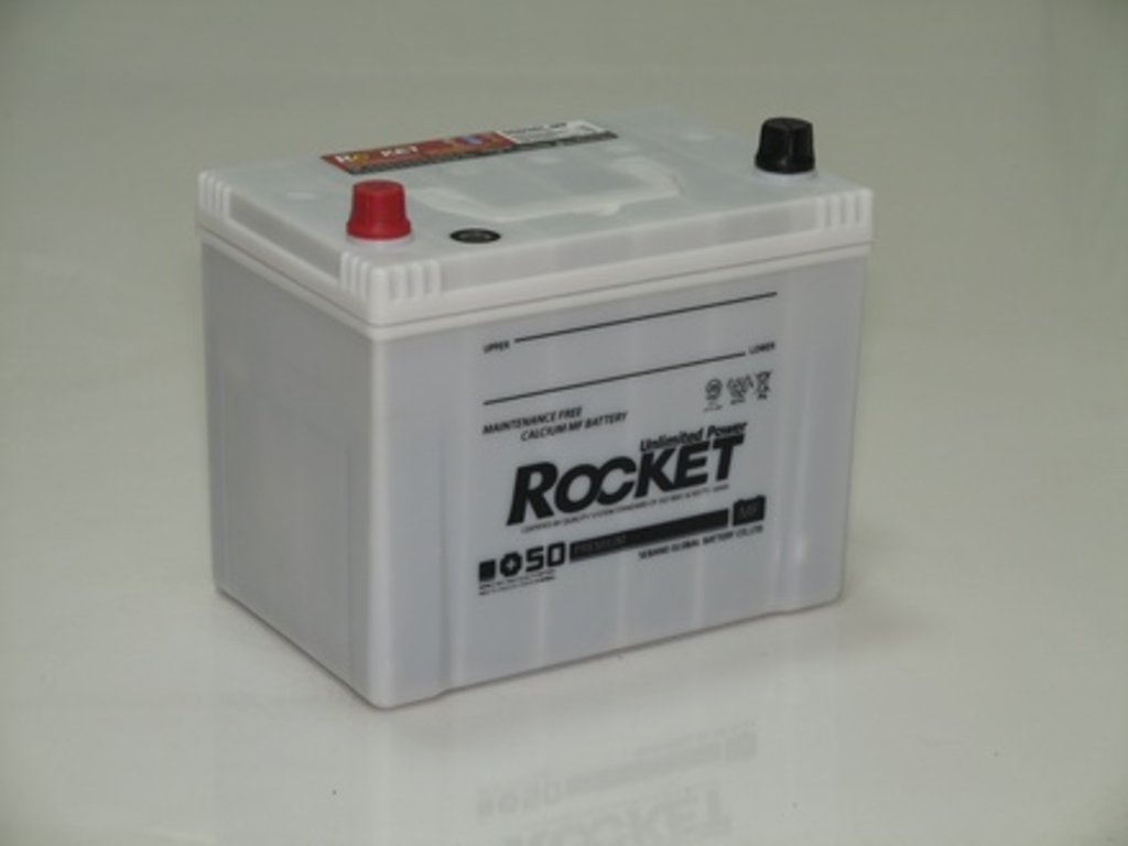 Аккумуляторы автомобильные: ROCKET MF SUPER +50 87 (100 D 26) R в Мир аккумуляторов