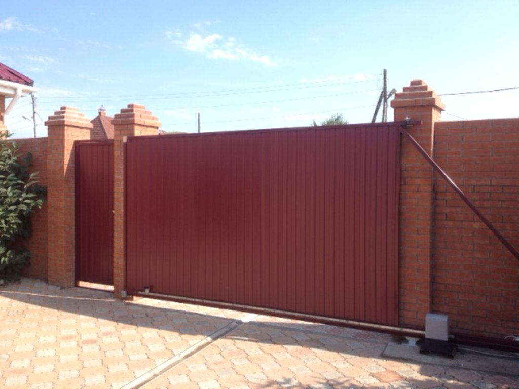 Автоматические ворота: Откатные ворота 4500 х 2000, заполнение профлист в АБ ГРУПП