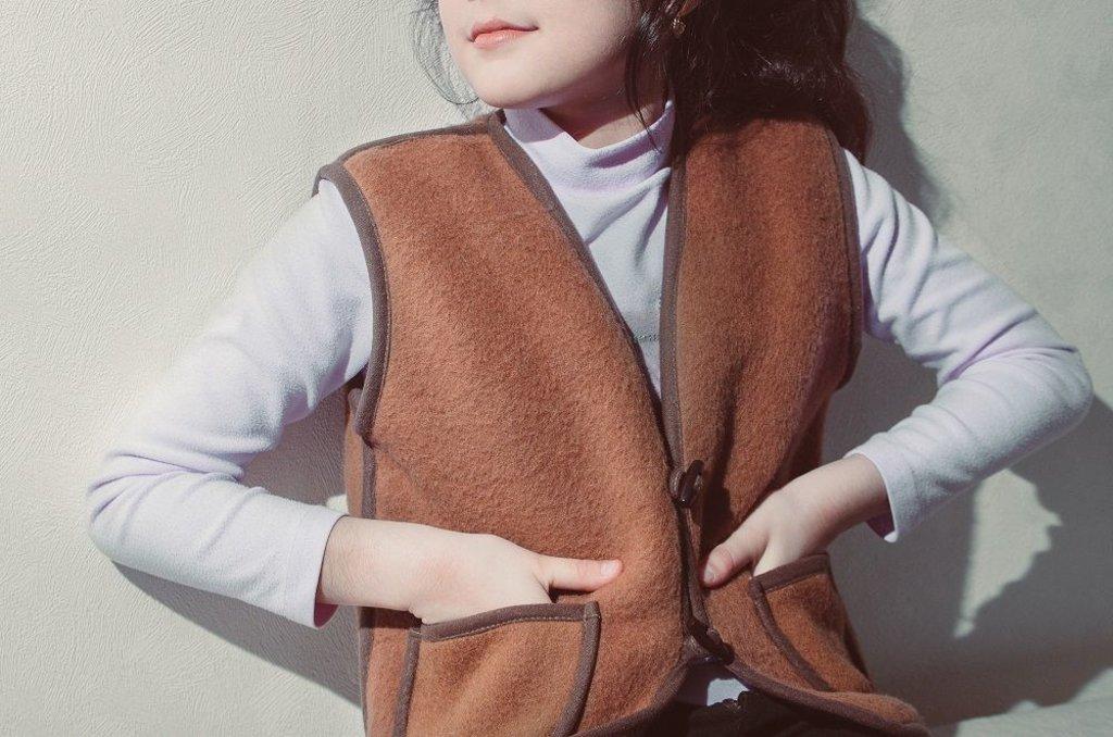 Лечебные пояса, жилеты, наколенники: Жилет детский из 100% верблюжьей шерсти валяный Премиум в Сельский магазин